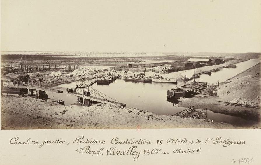Canal de jonction ; Album de l'Isthme de Suez : A. Couvreux entrepreneur à Vigneux ;     Cuvier, photographe à El-Guisr (Egypte) ; 1867