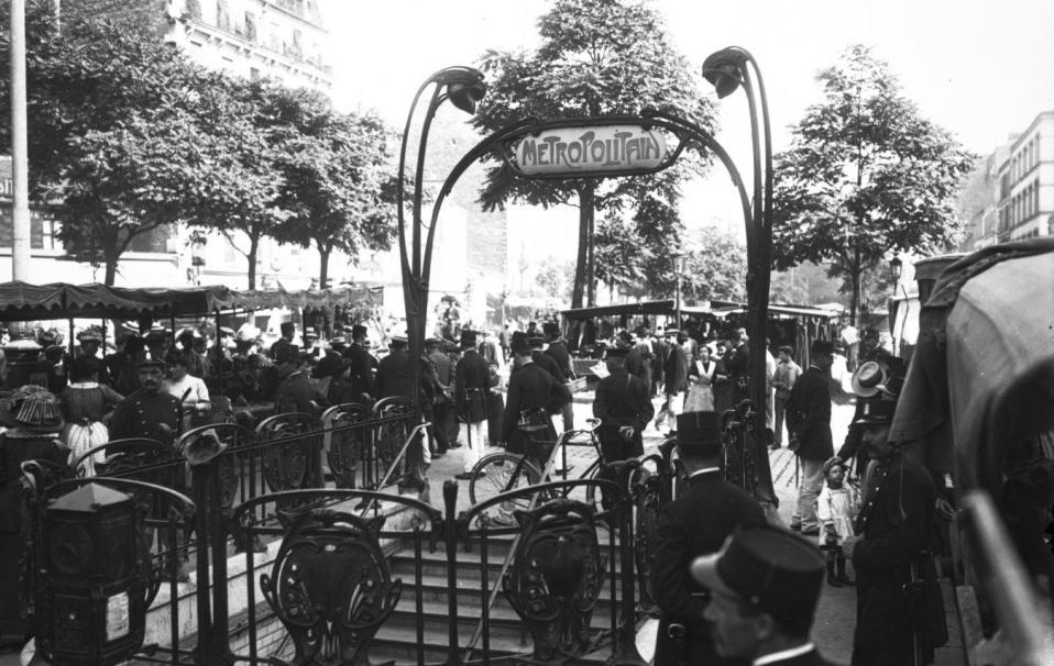 Incendie de la station des Couronnes ; Agence Rol ; 1911 - Source BnF