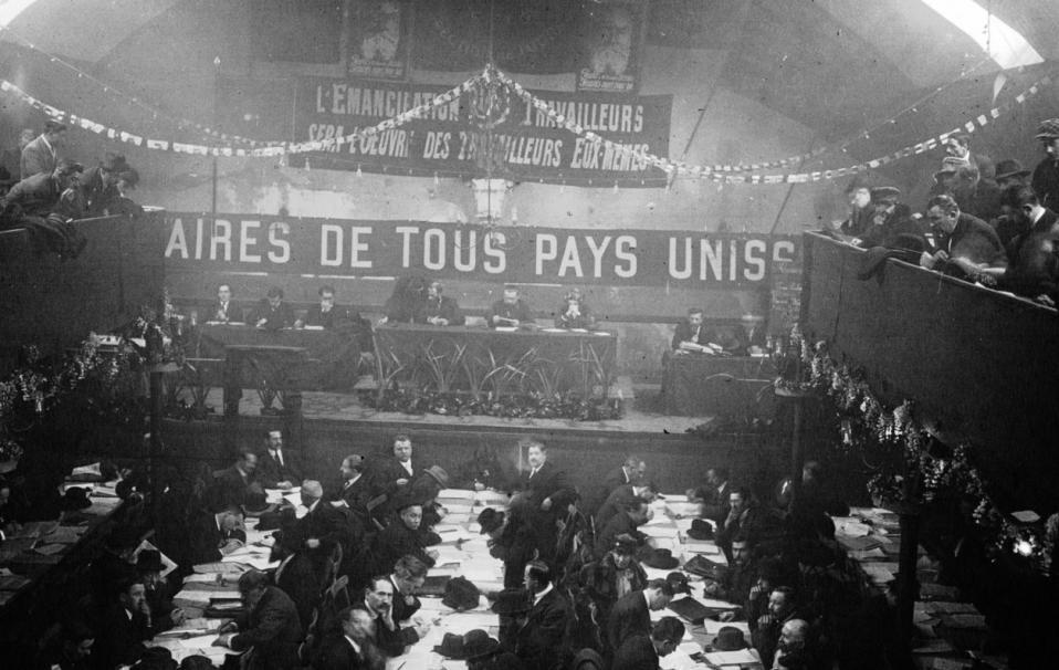 Congrès de Tours : vue générale de la salle ; Agence Meurisse ; 1920 - Source BnF
