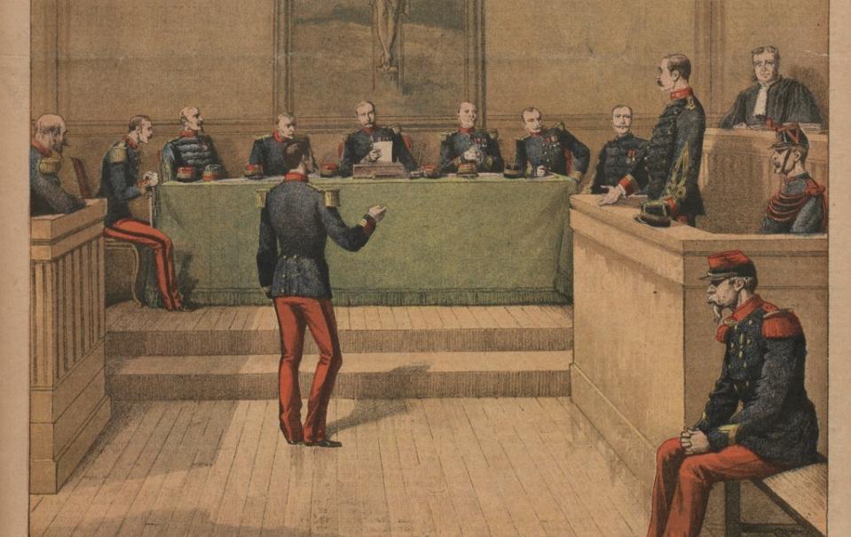 Le capitaine Dreyfus devant le conseil de guerre ; Le Petit Journal. Supplément du dimanche ; [s.n.] (Paris) ; 23 décembre 1894 - Source BnF.