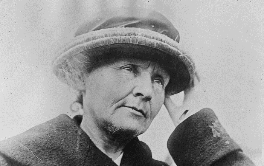 Marie Curie  (Agence Rol, 1921 - source BnF)