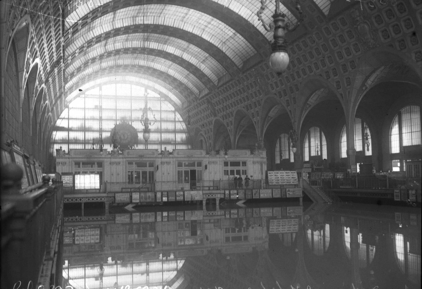 La crue exceptionnelle de la Seine en 1910 | RetroNews - Le site de presse de la BnF