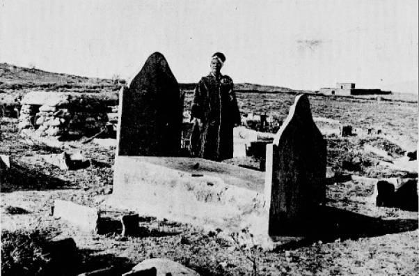 La tombe d'Isabelle Eberhardt à Aïn Sefra, 1913 - source : WikiCommons